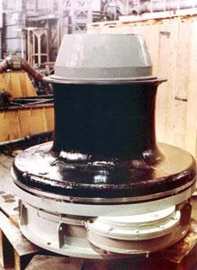 Безбаллерный швартовный шпиль типа